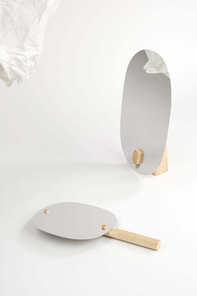 Filip Krampla lepí nábytek lepidlem z rýže. A sklízí úspěchy